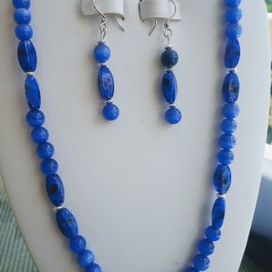 Cat-eye Navy Blue Beaded Necklace and matching earrings