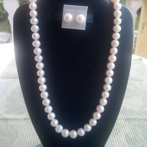 White Pearl Necklace with matching earrings