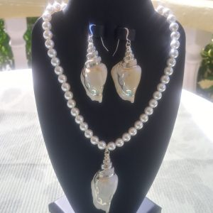 White conch shell pendant necklace with matching earrings