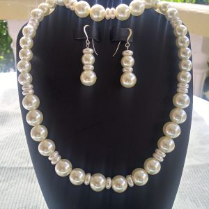 Ivory Pearl Necklace with matching earrings and bracelet